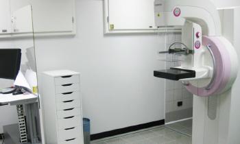 Nuovo mammografo digitale con Tomosintesi