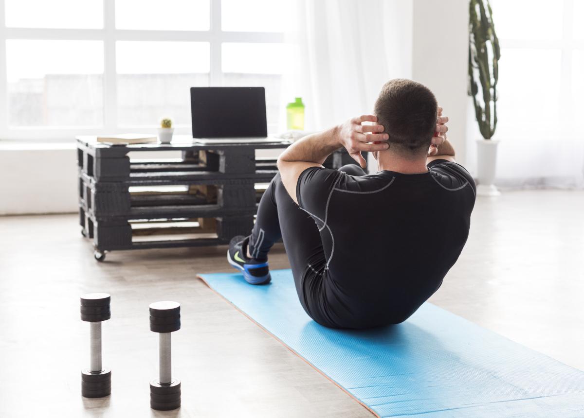 Come allenarsi a casa: la parola all'osteopata