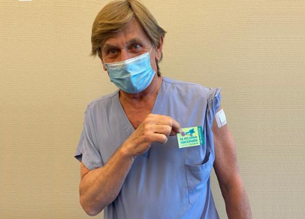 Tre vaccini che ti salvano la vita: Covid, HPV e polmonite